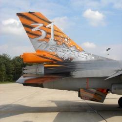 2006: FA-87